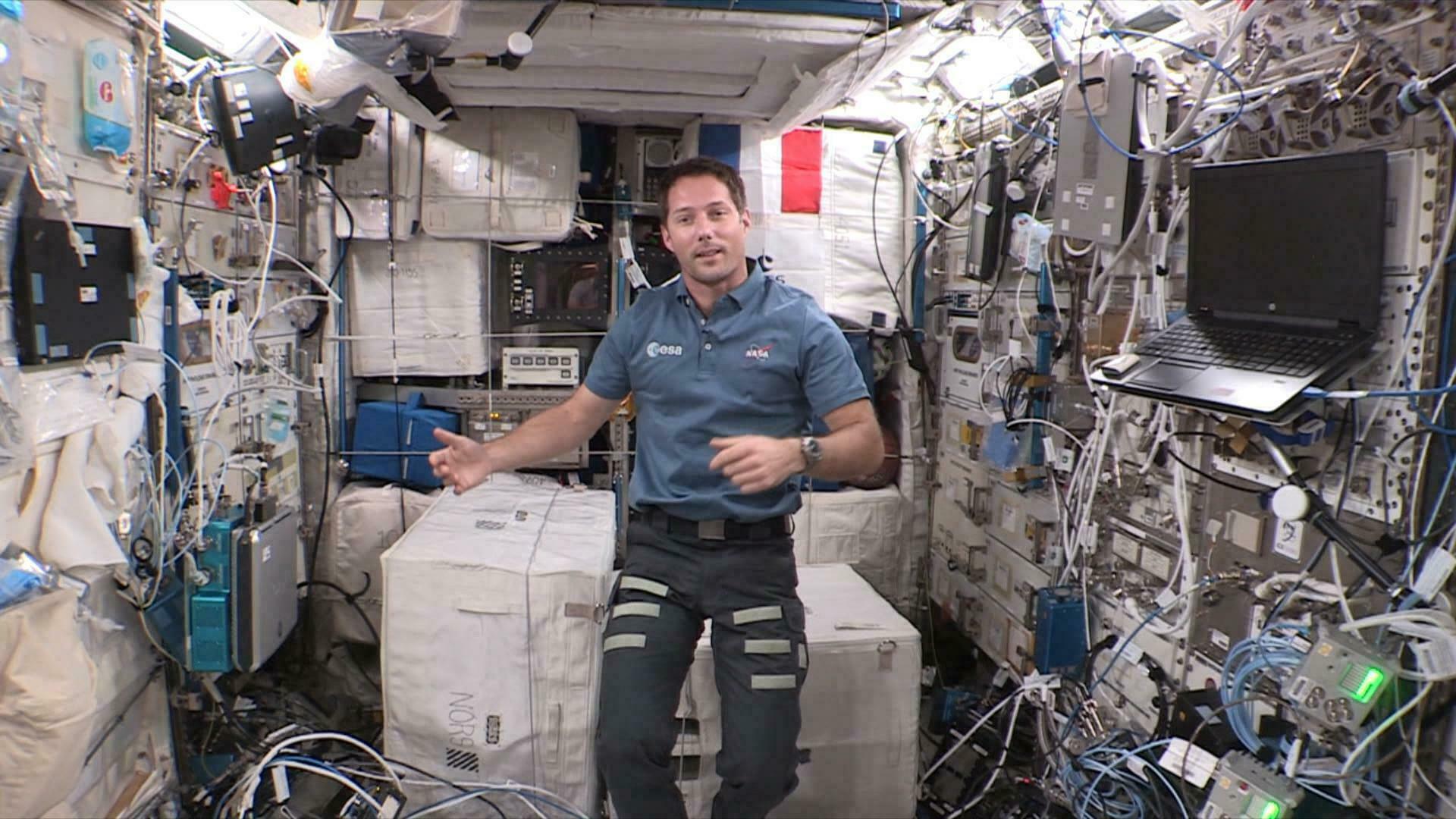 Mission Alpha : le journal de bord de Thomas Pesquet en vidéo