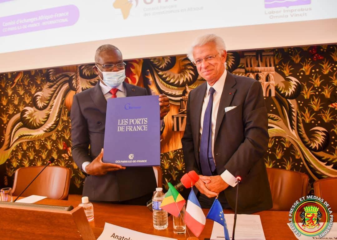 Affaires: le gouvernement congolais en opération séduction à Paris