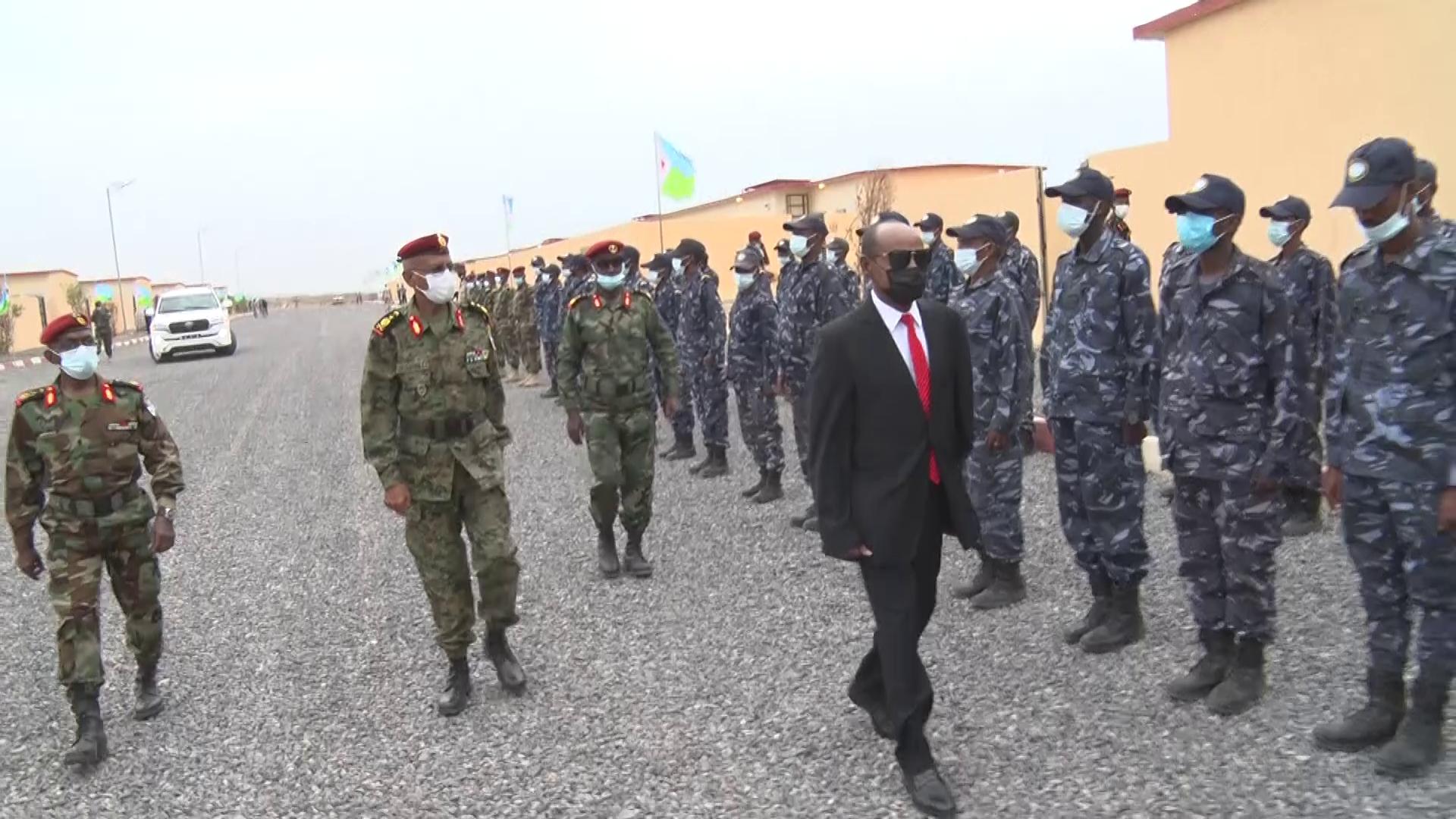 Cérémonie d'inauguration du 1er lot de 200 logements sociaux militaires