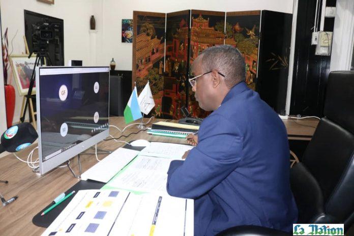 Réunion du comité de pilotage du processus d'ouverture du capital de Djibouti Télécom LE MINISTRE RADWAN ABDILLAHI BAHDON Y PREND PART