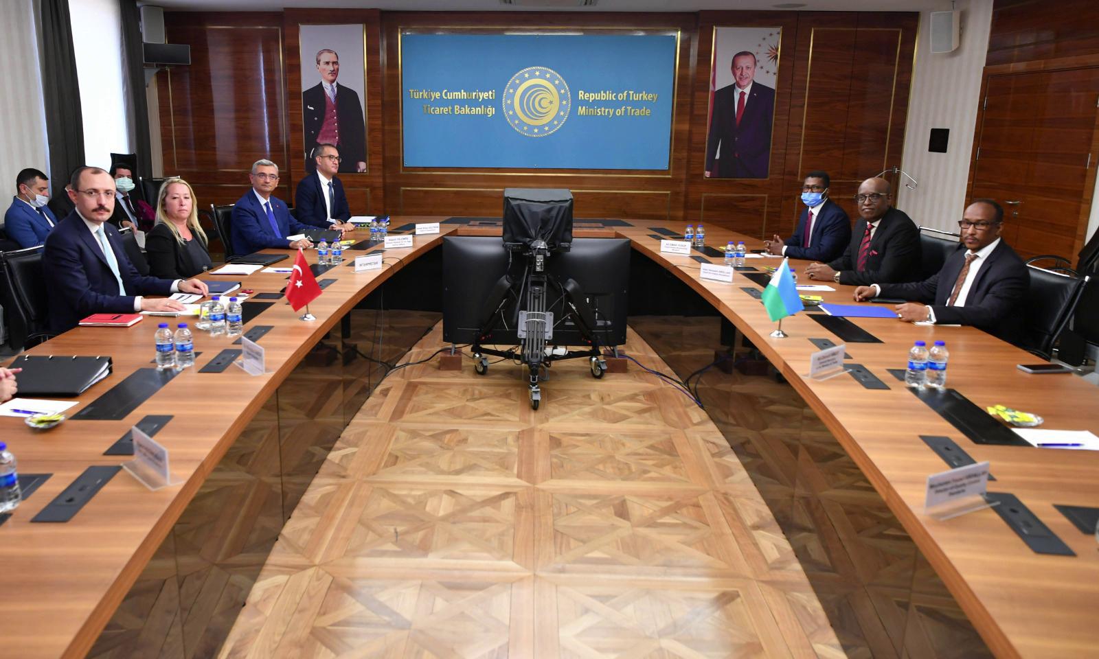 Visite de travail du ministre du Commerce à Ankara