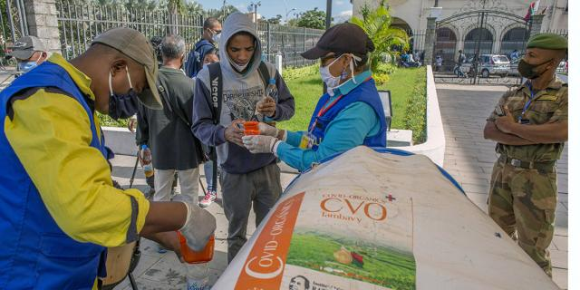 Madagascar : le Covid-Organics de Rajoelina ne fait (toujours) pas de miracles