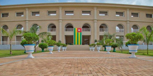 Togo: les hauts responsables de l'État vont (enfin) devoir déclarer leur patrimoine