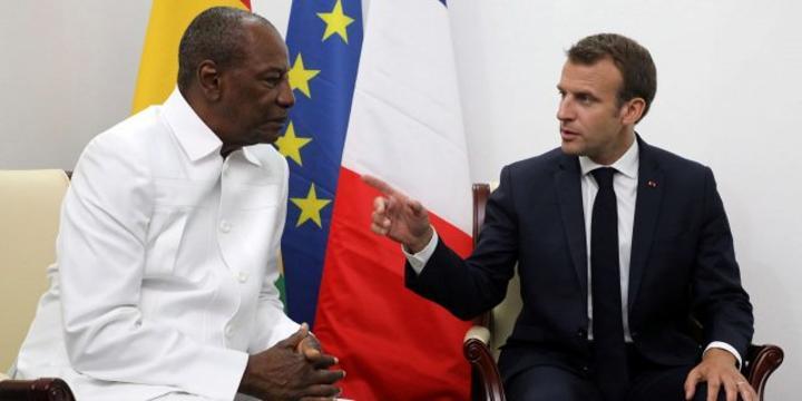 Pourquoi Emmanuel Macron n'a pas félicité Alpha Condé pour sa réélection