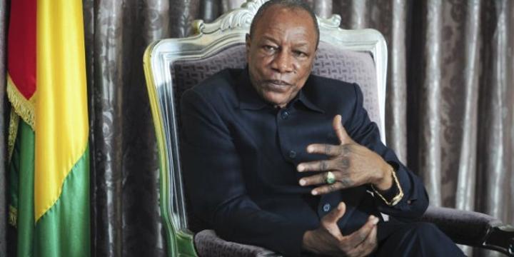Guinée : Alpha Condé reconduit la plupart de ses ministres