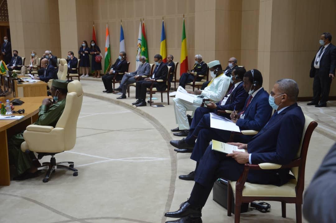 Terrorisme: An 1 du sommet de Pau, progrès et échecs