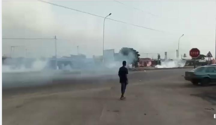 Côte-d'Ivoire: Des habitants de Port-Bouët protestent contre une coupure de courant