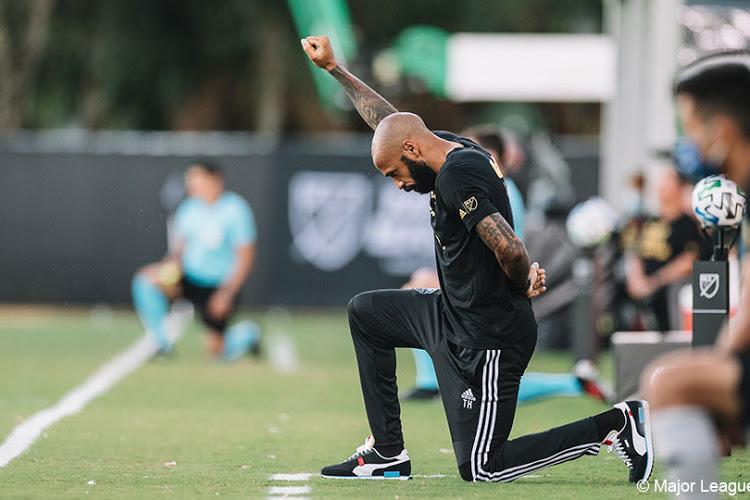Laxisme, avatars injurieux, racisme etc. le footballeur Thierry Henri quitte les réseaux sociaux