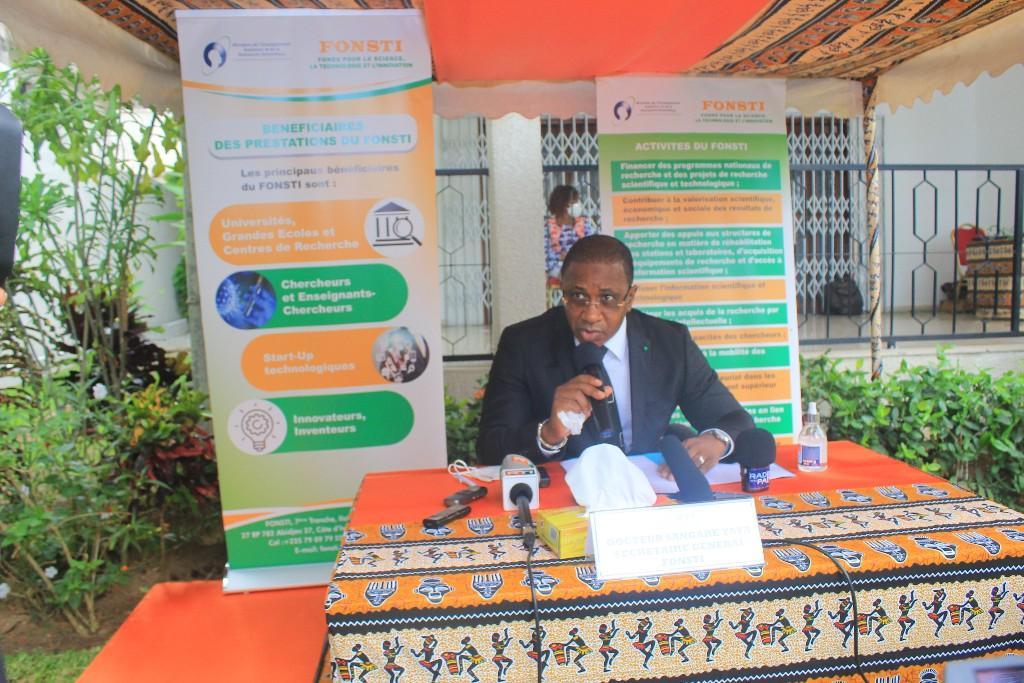 Côte d'Ivoire/ Recherche : Etudiants et enseignants invités à soumettre des projets en biodiversité et maladies graves (Fonsti)