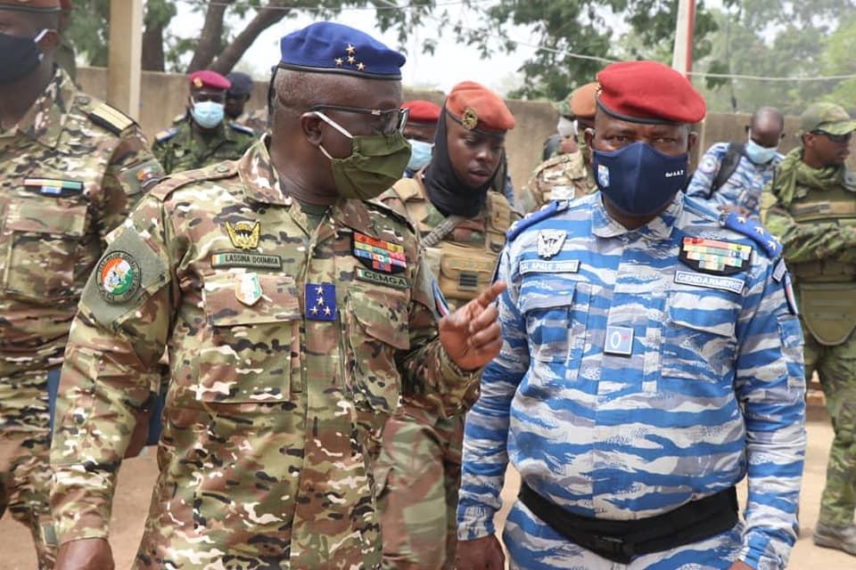 Pâques: 14.000 militaires et policiers déployés pour assurer la sécurité en Côte d'Ivoire (état-major)