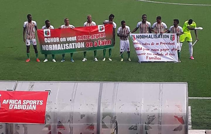 Football: 10 clubs menacent d'arrêter le championnat en Côte-d'Ivoire