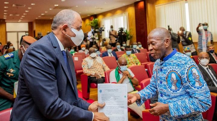 Fête du travail en Côte-d'Ivoire: Patrick Achi exhorte les travailleurs à se faire vacciner contre le covid-19