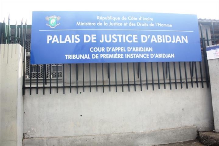 Procès en Côte-d'Ivoire: Youtube (google) devant les tribunaux dans l'affaire Alafé contre l'avatar Chris Yapi