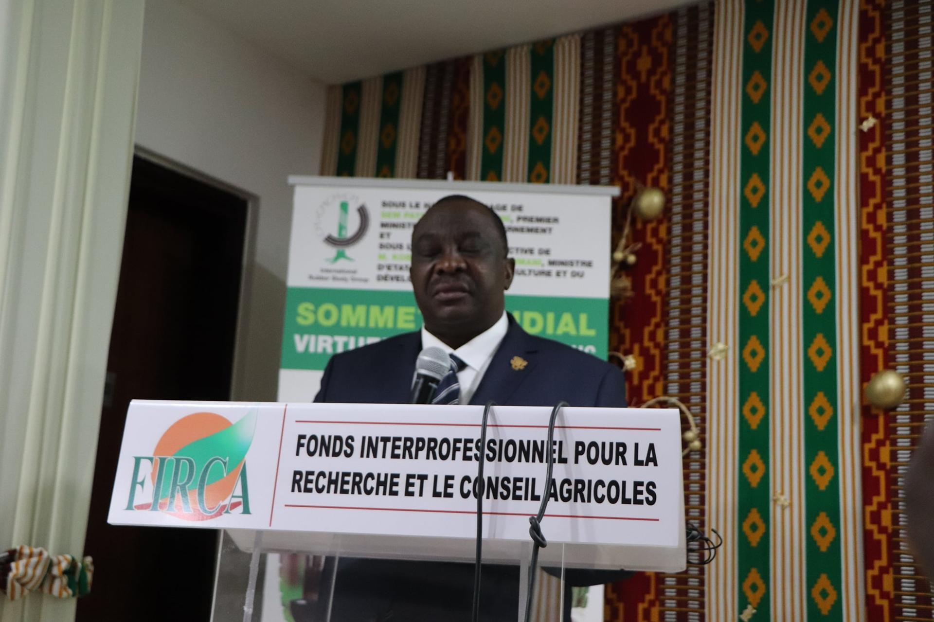 En Côte-d'Ivoire le ministre Adjoumani annonce un appui de 3 milliards de fcfa aux petits producteurs d'Hévéa