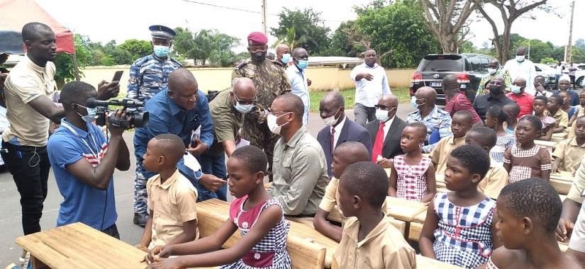 Sidi Touré fait don de 1 500 tables-bancs aux écoles primaires publiques de Sakassou