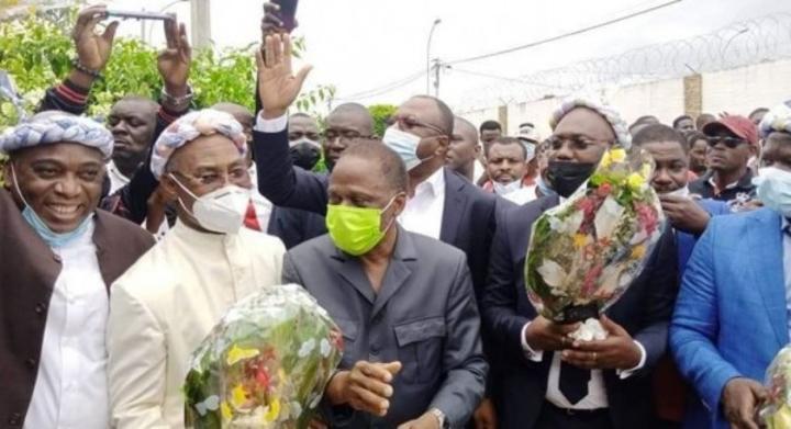 Côte d'Ivoire : Retour d'exil de Mangly, Ahoua Don Mello, Kouamé Kouakou, un contrôle à l'aéroport mal interprété par des partisans de Gbagbo