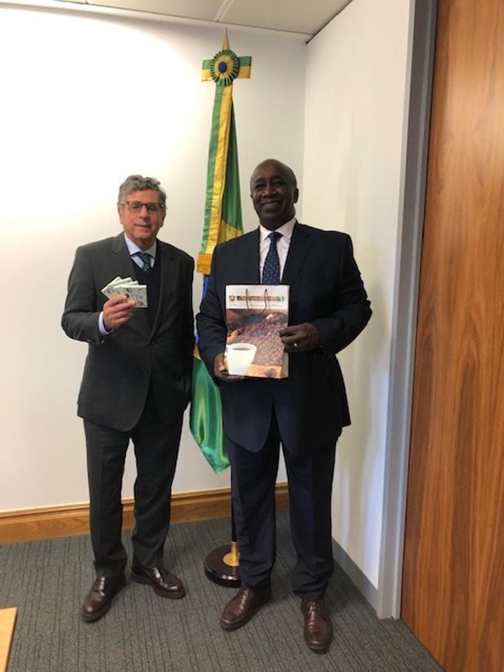Économie: Échanges entre les deux porte-paroles du binôme café cacao à Londres