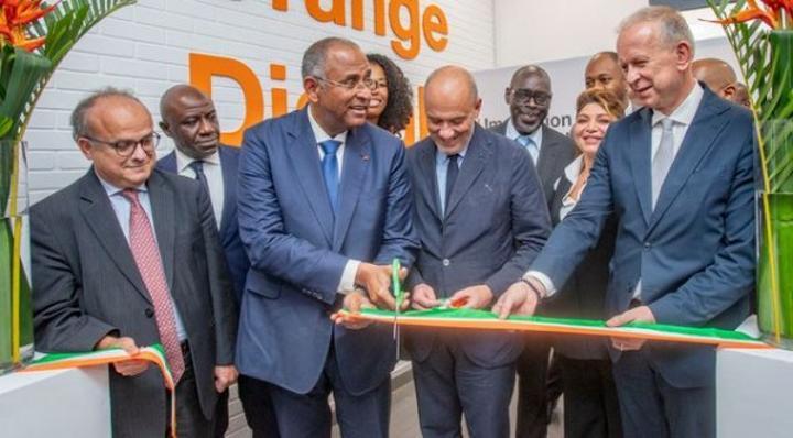 Côte d'Ivoire-France : Inauguration du nouveau centre numérique d'Orange Côte d'Ivoire à Abidjan, 2000 formations de jeunes annoncées d'ici fin 2022