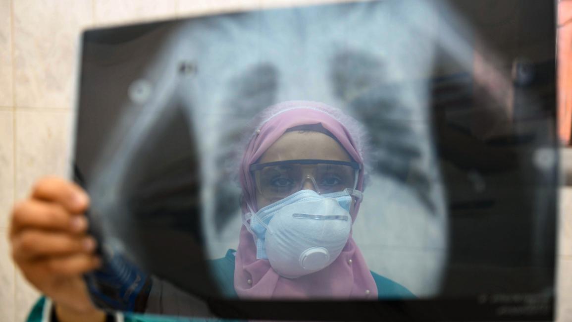 حالات كورونا اليومية في مصر تتخطى 300 لأول مرة في الموجة الثانية