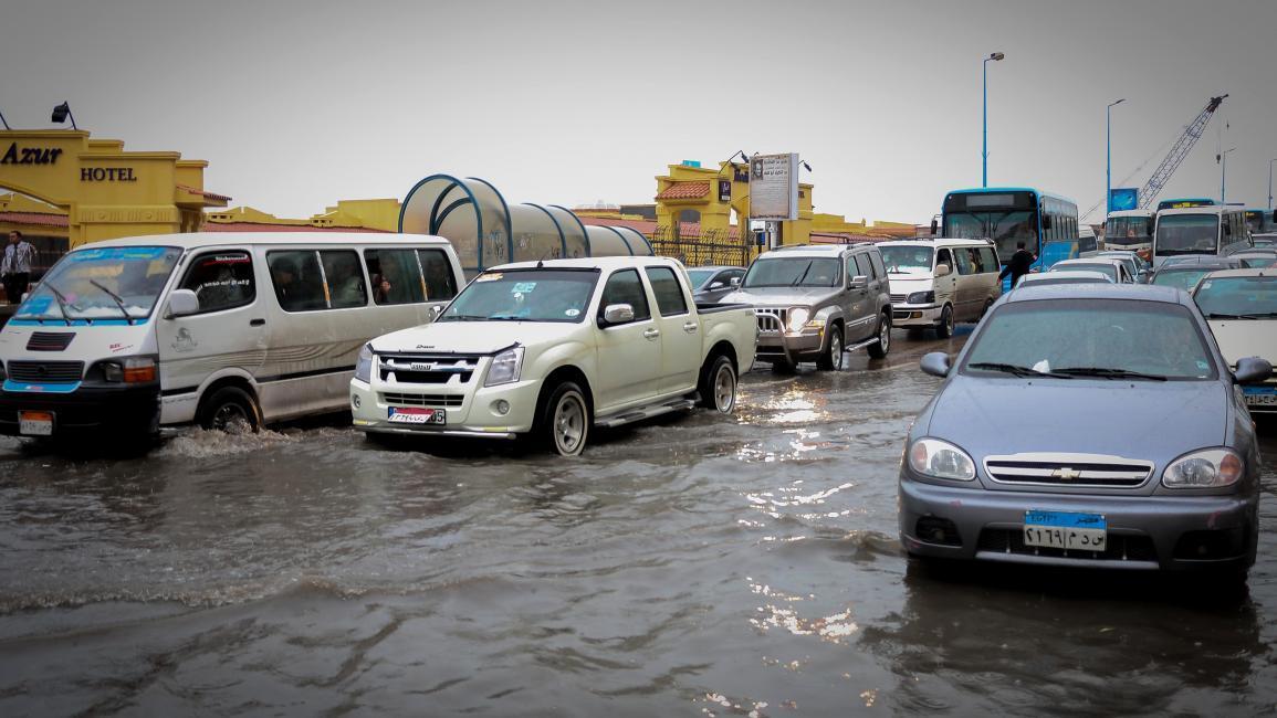 مصريون غاضبون من غرق الإسكندرية بالأمطار