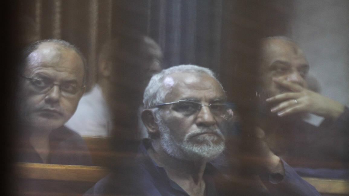الحكم في طلب مصادرة أموال مرسي وبديع وآخرين من