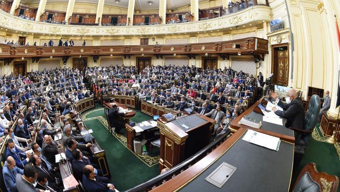 مصر: وفاة نائب ثانٍ بفيروس كورونا قبل انعقاد البرلمان الجديد