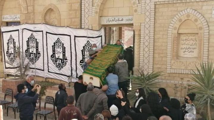 غياب الفنانين عن مراسم جنازة هادي الجيار