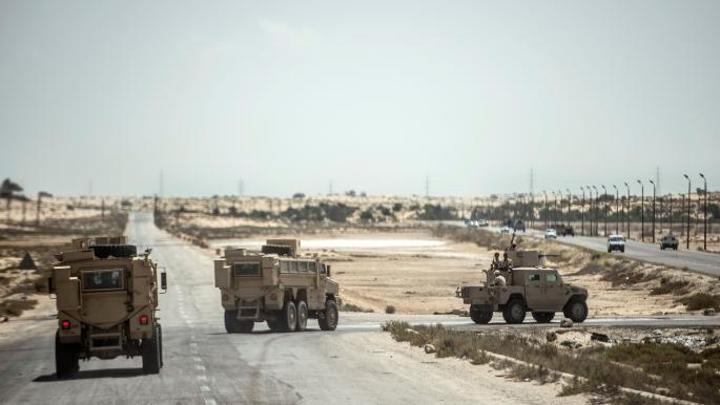 الطيران الحربي المصري يشن غارات على سيناء