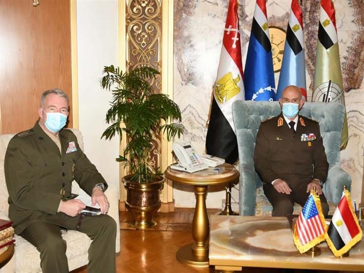 الفريق محمد فريد رئيس أركان حرب القوات المسلحة يلتقى قائد القيادة المركزية الأمريكية