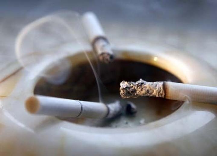 حقيقة دور التدخين في مقاومة فيروس كورونا
