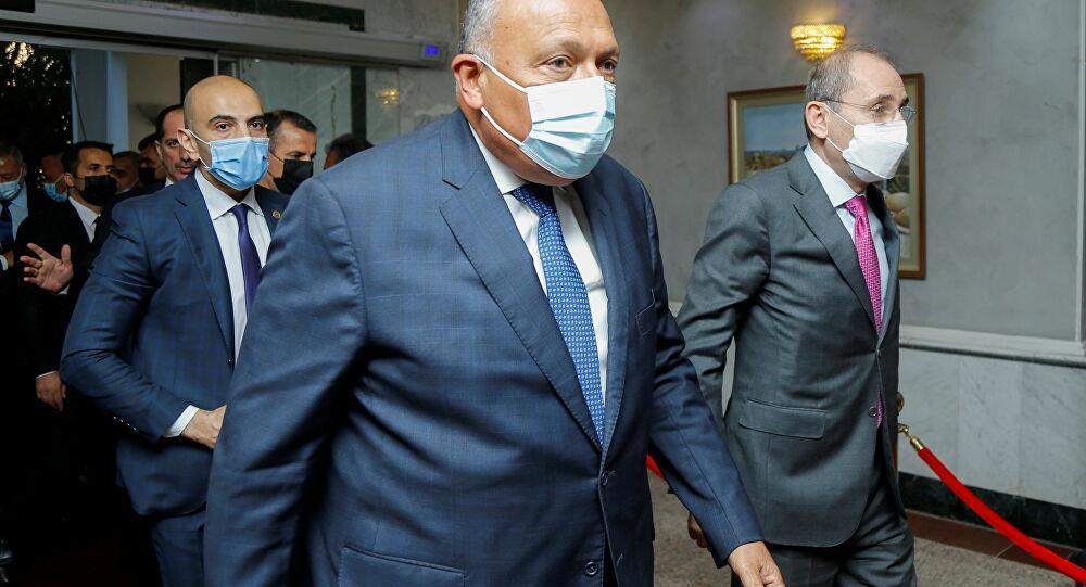 صحيفة تكشف نتائج اجتماعات وزير الخارجية المصري مع عون والحريري
