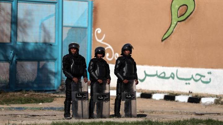 مصريون: