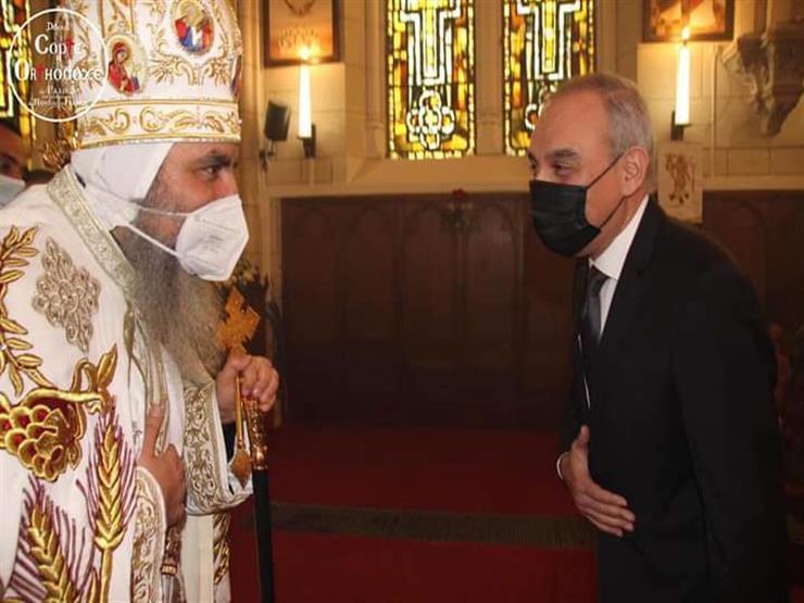 السفير المصري في فرنسا يهنئ إيبارشية باريس بعيد القيامة