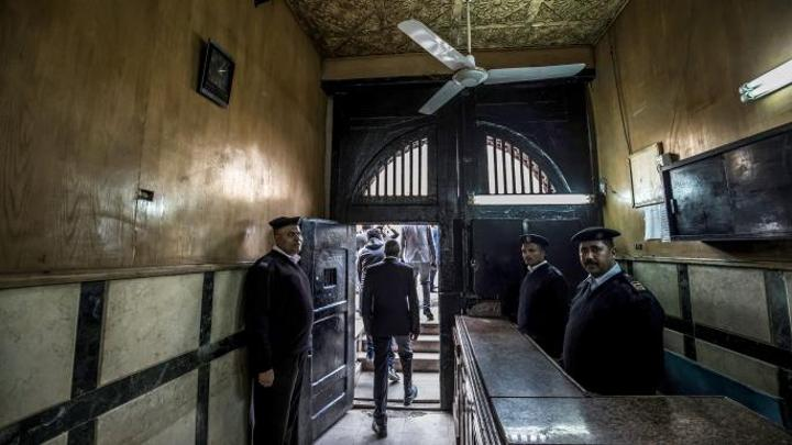 مصر تواصل ملاحقة الأكاديميين والباحثين بتهم ملفقة