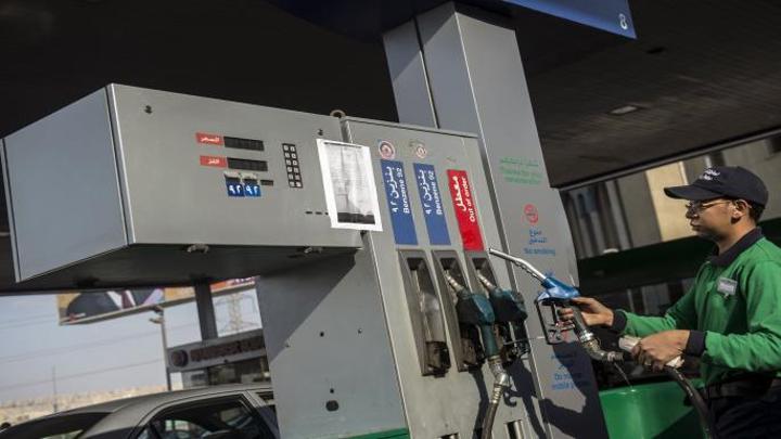 مصر تتجه لرفع سعر البنزين مجدداً أول يوليو