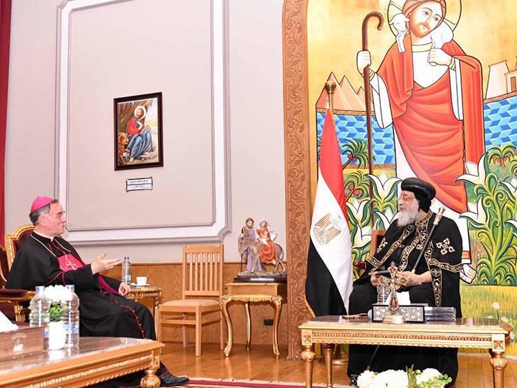 البابا تواضروس يستقبل سفير الفاتيكان ويبحثان العلاقات بين الكنيستين