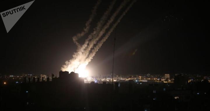 روسيا تجلي 112 شخصا من قطاع غزة عبر مطار القاهرة