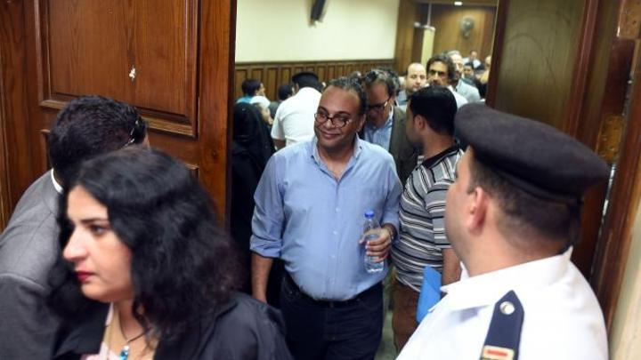 """تأجيل التحقيقات بـ""""التمويل الأجنبي"""" في مصر: هل تُغلق القضية؟"""