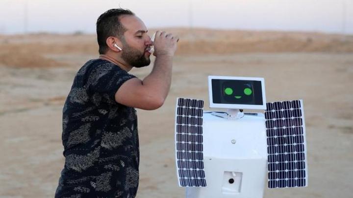 إنسان آلي مصري يحول رطوبة الهواء إلى ماء بتكلفة زهيدة