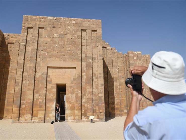 افتتاح المقبرة الجنوبية للملك زوسر بسقارة (صور)