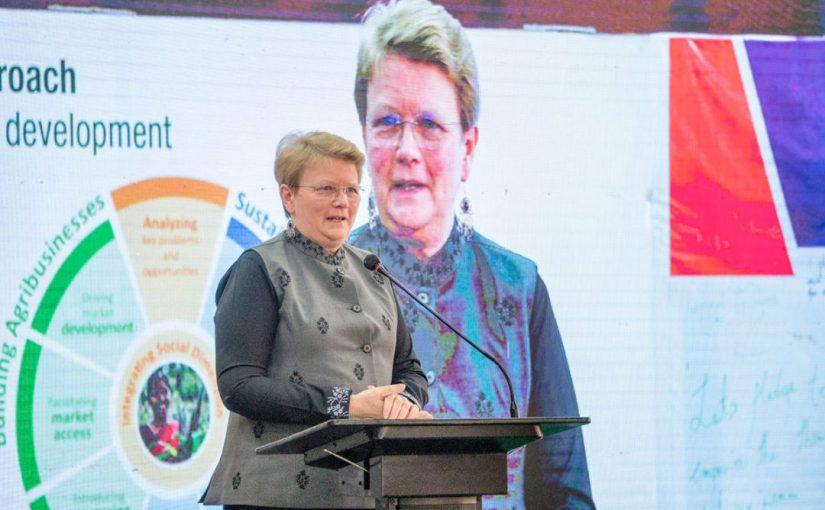 ICRISAT receives Africa Food Prize