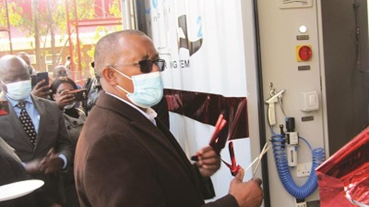 Lesotho unveils oxygen plant