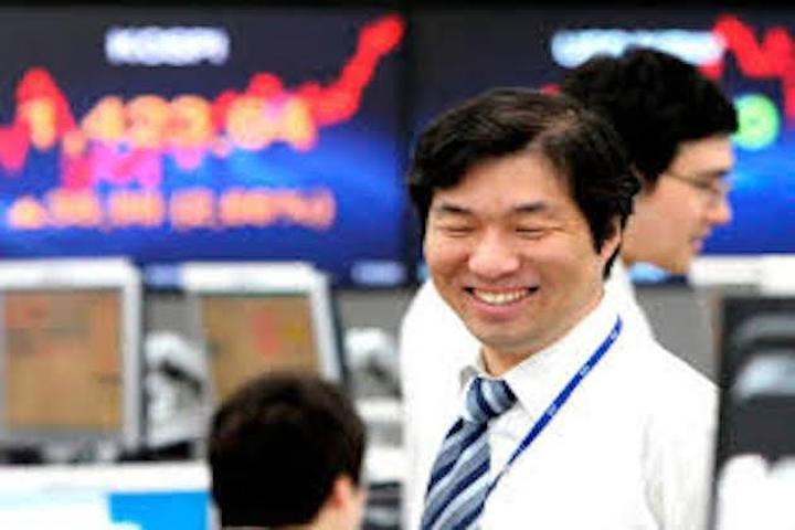 Japan's Nikkei 225 jumps 582 points, Asian region generally higher