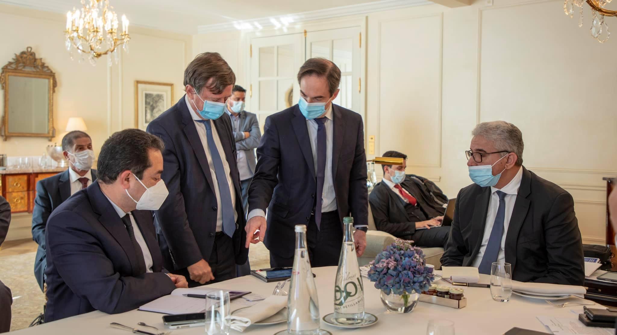 """""""باشاغا"""" يوقِّع في باريس مذكرة تفاهم مع مؤسسات أمنية فرنسية"""