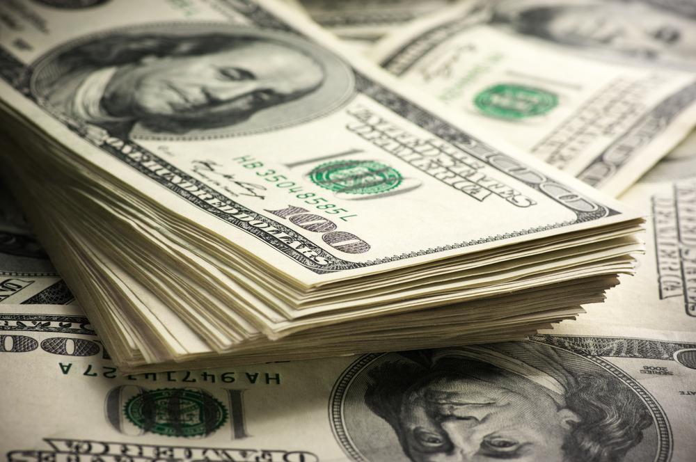 الدينار يصعد أمام العملات الأجنبية بتداولات آخر الأسبوع
