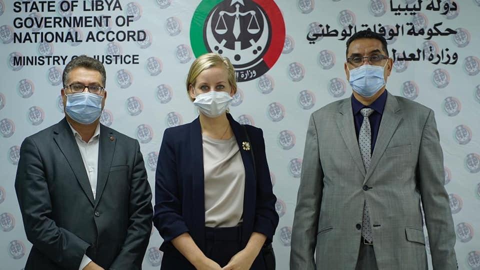 """مباحثات ليبية هولندية بشأن عمل فريق """"حقوق الإنسان"""""""
