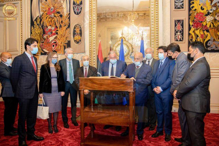 """""""صالح"""" يبحث سبل التعاون مع مجلس الشيوخ الفرنسي"""
