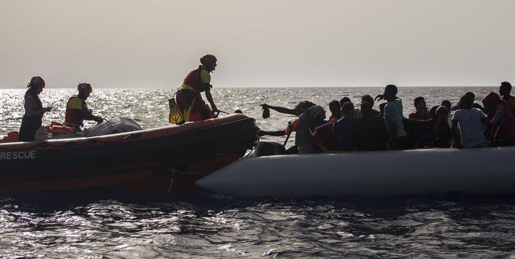 """""""مهاجز نيوز"""" يكشف أسرار عمل شبكات التهريب في ليبيا"""