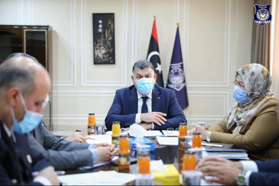 وزير الداخلية يترأس الاجتماع الأول للجنة متابعة أوضاع ترهونة المعيشية والأمنية