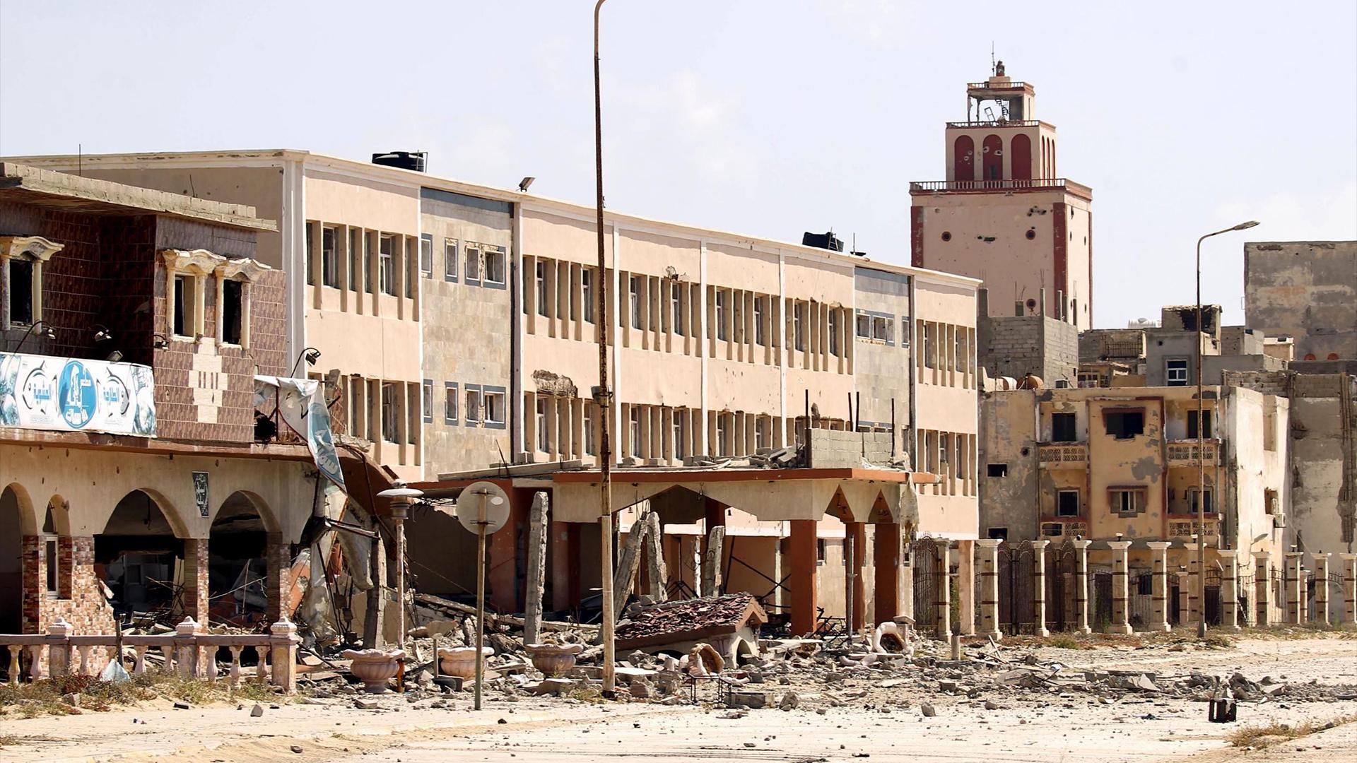 مقتل شرطي بطلق ناري أمام مصرف الوحدة بدريانة شرق بنغازي